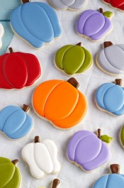 Cute Pumpkin Cookies for Fall - Simple Sugar Cookies with Royal icing thebearfootbaker.com