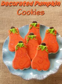 Decorated Pumpkin Cookies are Smilpe Sugar Cookies Decorated with Royal Icing www.thebearfootbaker