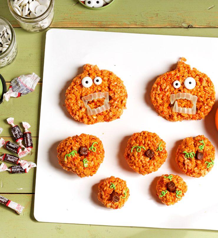 Easy Pumpkin Rice Krispie Treat Zombies for Halloween by www.thebearfootbaker.com