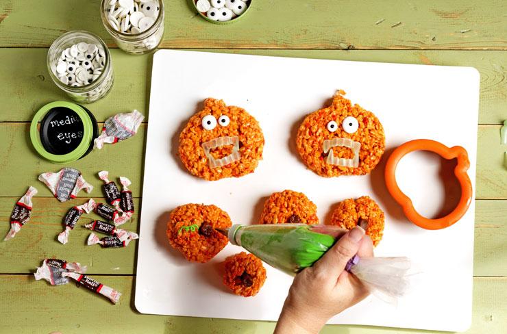 Simple Pumpkin Rice Krispie Treat Zombies for Halloween-www.thebearfootbaker.com