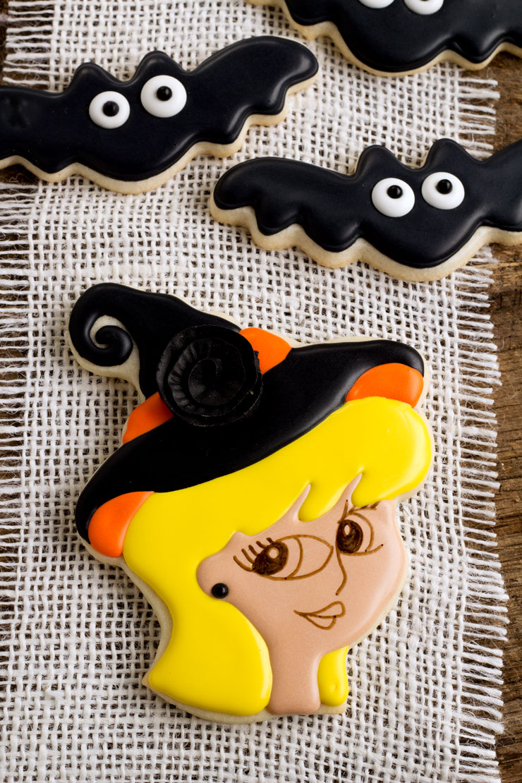 Witch Cookies for Halloween by thebearfootbaker.com