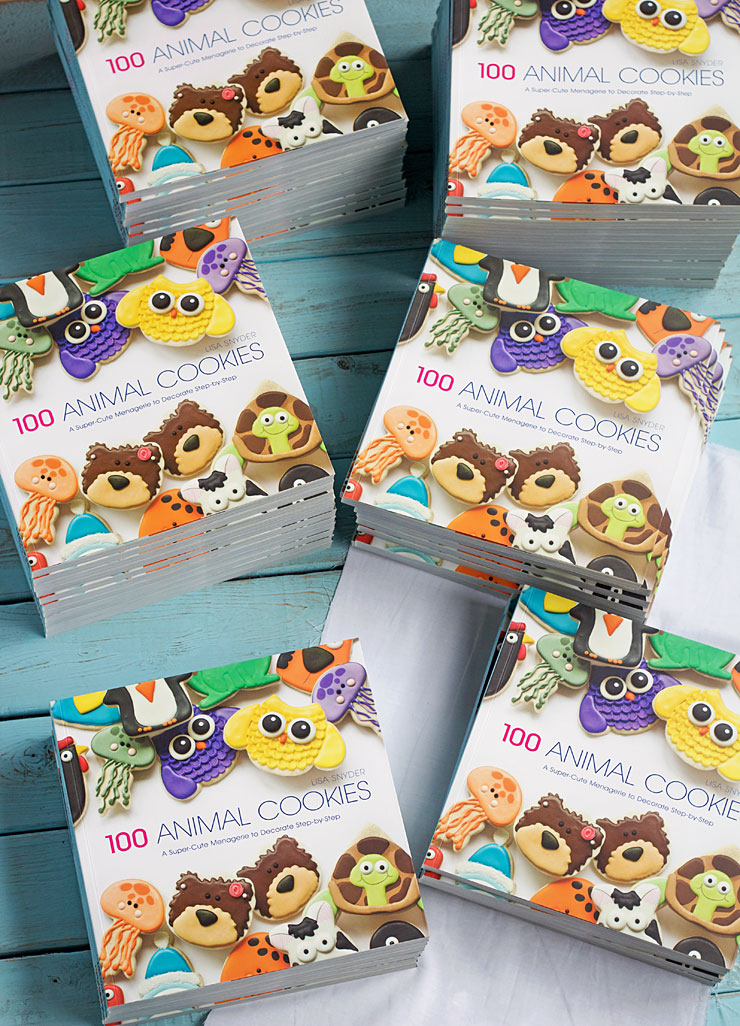 100 Animal Cookie Book by www.thebearfootbaker.com