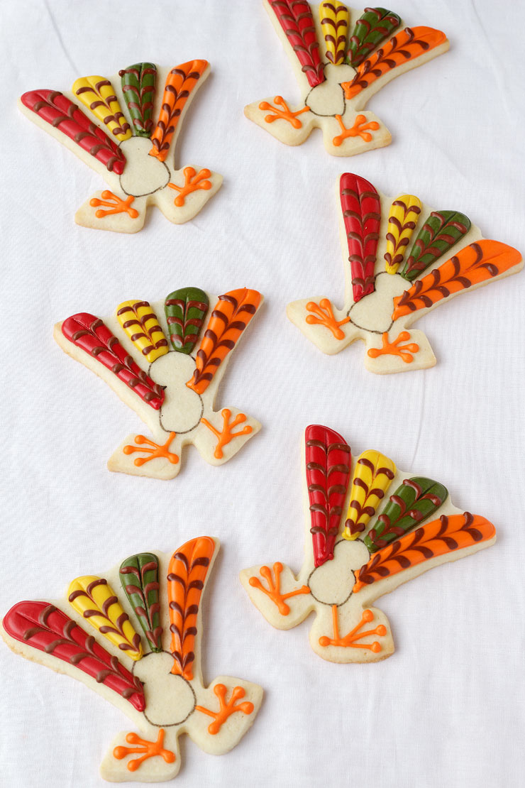 Cute Turkey Cookies with thebearfootbaker.com