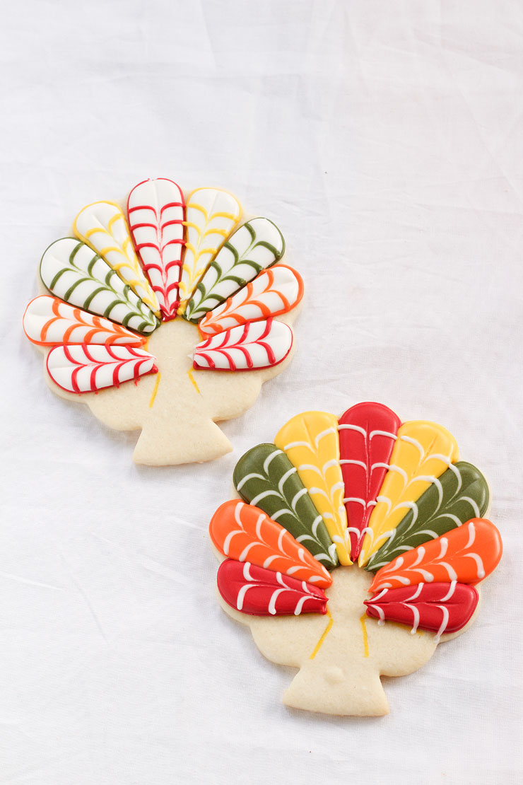 Decorated Turkey Cookies by www.thebearfootbaker.com
