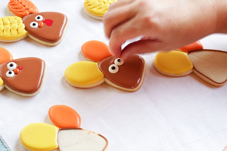 Decorated Turkey Cookies made with a Cute Bunny Rabbit Cookie Cutter with thebearfootbaker.com
