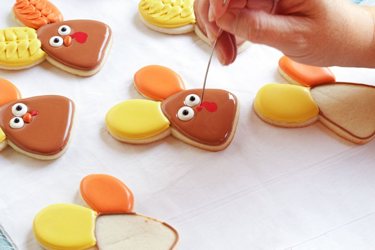 Decorated Turkey Cookies made with a Cute Bunny Rabbit Cookie Cutter with www.thebearfootbaker.com