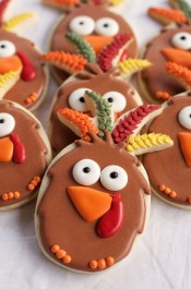 Easy Turkey Cookies are Sugar Cookies made with a Pineapple Cookie Cutter and Decorated with Royal Icing via thebearfootbaker.com