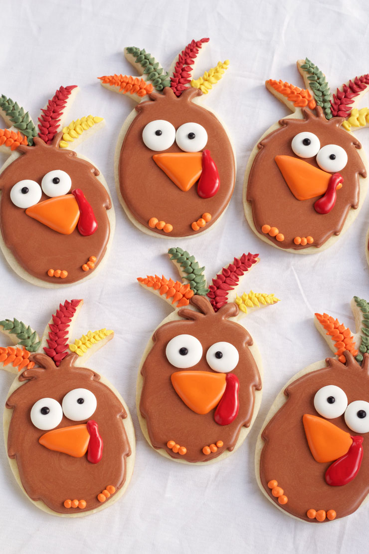 Easy Turkey Cookies are Sugar Cookies made with a Pineapple Cookie Cutter and Decorated with Royal Icing. with www.thebearfootbaker.com