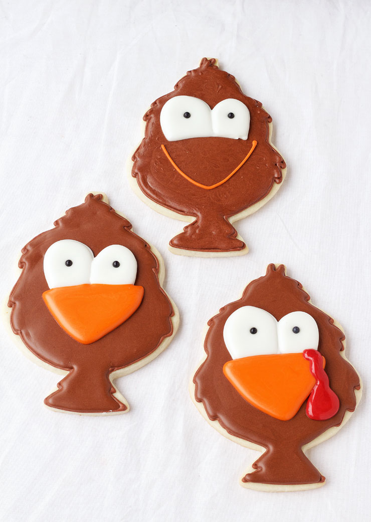 Simple Little Tom Turkey Cookies via thebearfootbaker.com
