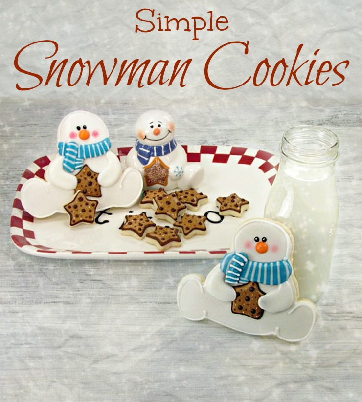 Simple Snowman Cookies - Decorated Christmas Cookies via www.thebearfootbaker.com