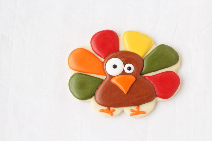 Super Simple Turkey Cookies by www.thebearfootbaker.com