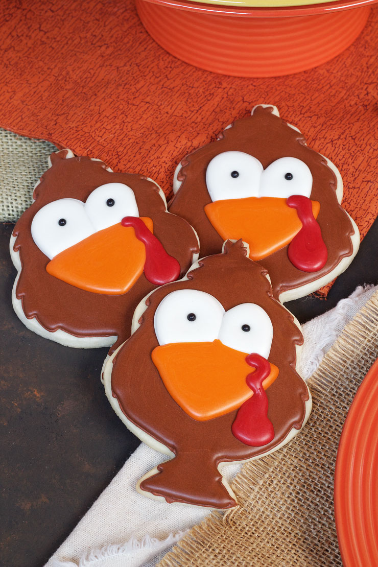 Tom Turkey Cookies - Decorated Sugar Cookies decorated with Royal Icing thebearfootbaker.com