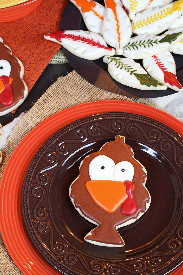 Tom Turkey Cookies - Fun Sugar Cookies decorated with Royal Icing with thebearfootbaker.com