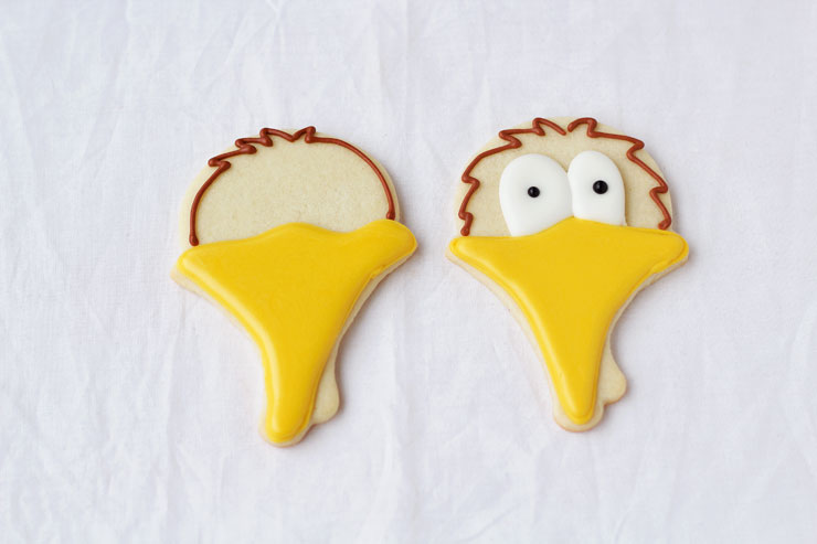 Turkey Face Cookies - Simple Sugar Cookies Decorated with Royal Icing by thebearfootbaker.com