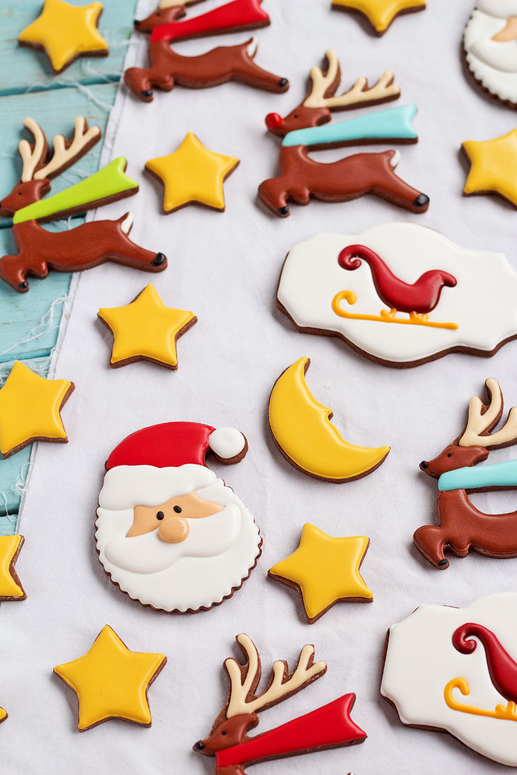easy christmas cookies for santa sugar cookies decorated with royal icing simple cut out