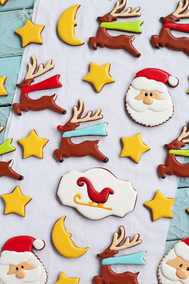 Easy Christmas Cookies for Santa - Sugar Cookies Decorated with Royal Icing- Simple cut out cookies to make for Santa via www.thebearfootbaker.com