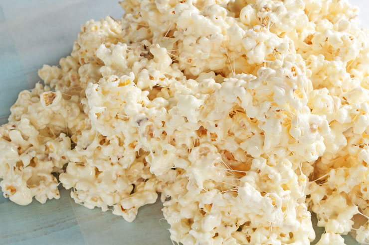 Popcorn Candy Recipe - This stuff is so addictive it should come with a warning label thebearfootbaker.com
