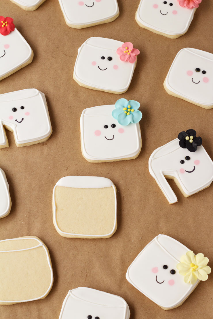 Simple Marshmallow Cookies by www.thebearfootbaker.com