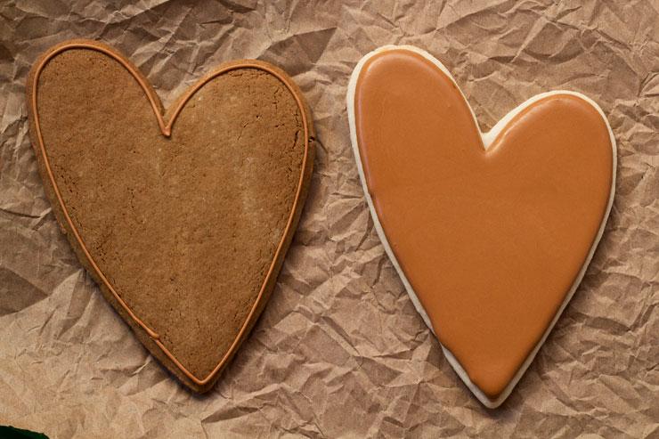 Burlap Heart Cookies www.thebearfootbaker.com