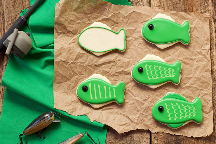 Fishing Cookies - Simple Cut Out Sugar Cookies Decorated with Royal Icing with www.thebearfootbaker.com