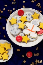 Outer Space Cookies - Simple sugar cookies decorated with royal icing- great for Earth Day and Birthday Parties with www.thebearfootbaker.com