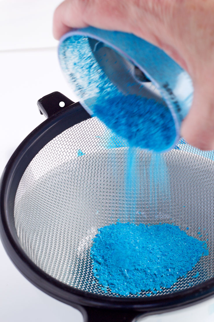 DIY Sparkle Dust for Cookies, Cake and Cupcakes via www.thebearfootbaker.com