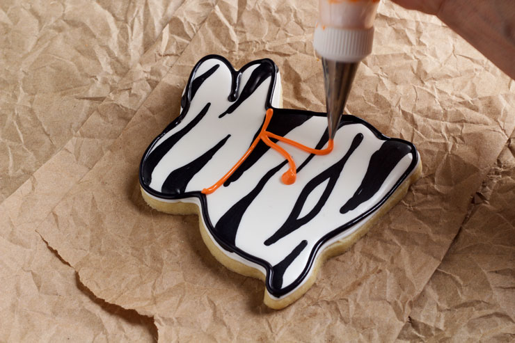 Easy Easter Cookies with a Twist-Sugar Cookies Decorated with Royal Icing via thebearfootbaker.com