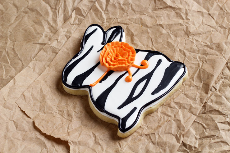 Easy Easter Cookies with a Twist-Sugar Cookies Decorated with Royal Icing www.thebearfootbaker.com
