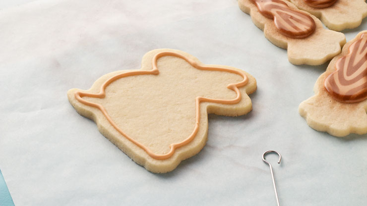 Easy Woodland Easter Cookies - Follow this Step by Step Tutorial on How to Make these Sugar Cookies Decorated with Royal Icing with thebearfootbaker.com
