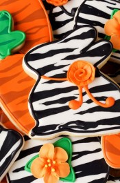 Simple Easter Cookies with a Twist or a Zebra Stripe-Sugar Cookies Decorated with Royal Icing www.thebearfootbaker.com
