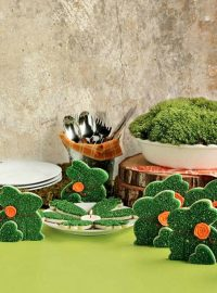 Cute Little Moss Bunny Cookies via www.thebearfootbaker.com
