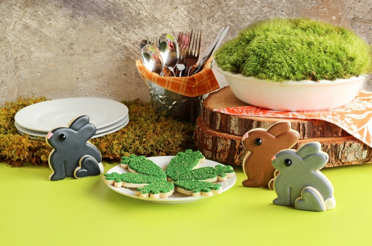 Moss Bunny Cookies and friends via www.thebearfootbaker.com