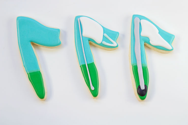 Simple Golf Cookies-Simple Sugar Cookies Decorated with Royal Icing by www.thebearfootbaker.com