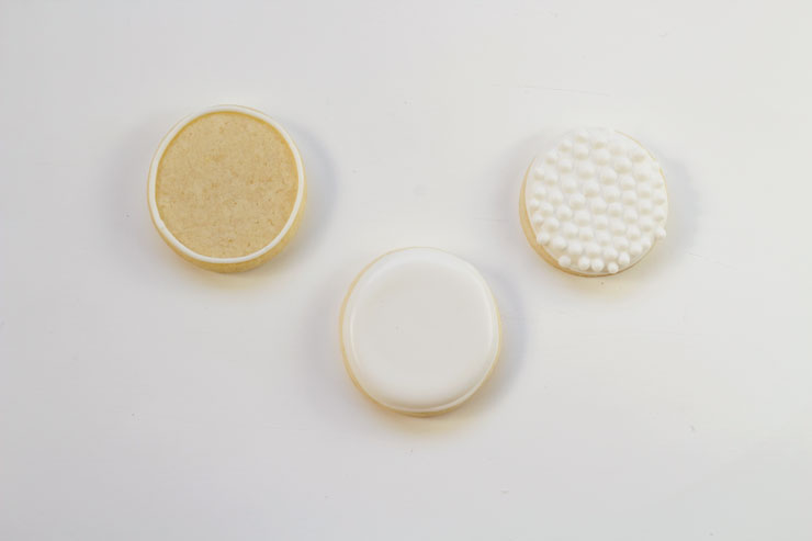 Simple Golf Cookies-Simple Sugar Cookies Decorated with Royal Icing thebearfootbaker.com