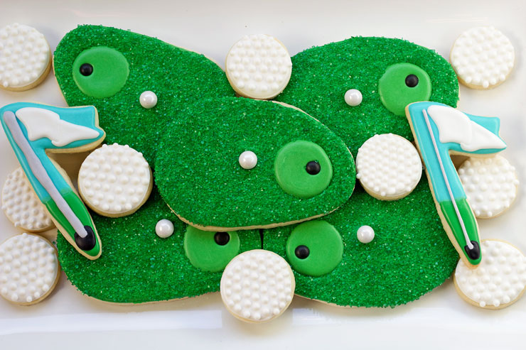 Simple Golf Cookies-Simple Sugar Cookies Decorated with Royal Icing with www.thebearfootbaker.com