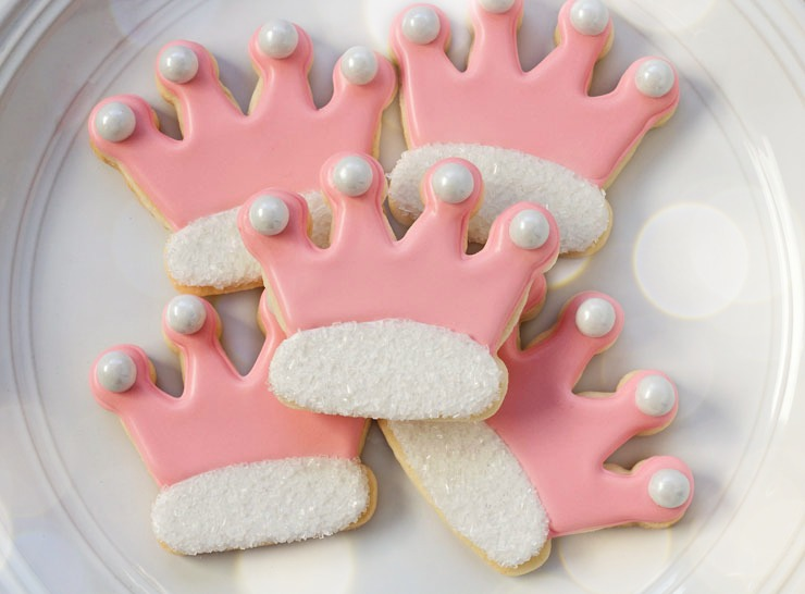Simple Princess Crown Cookies - Sugar Cookies Decorated with Royal Icing via www.thebearfootbaker.com
