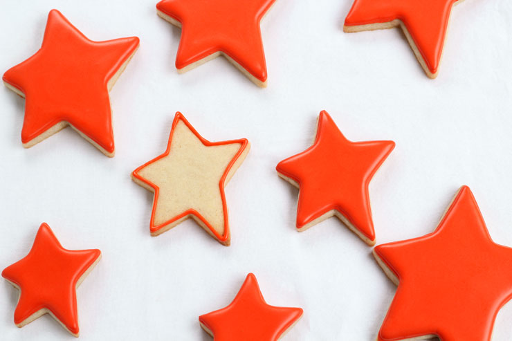 Make Really Simple Star Cookies for Father's Day with a Free Printable Tag www.thebearfootbaker.com