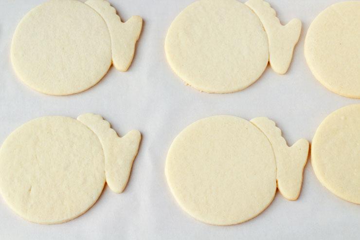 Puffer Fish Cookies www.thebearfootbaker.com