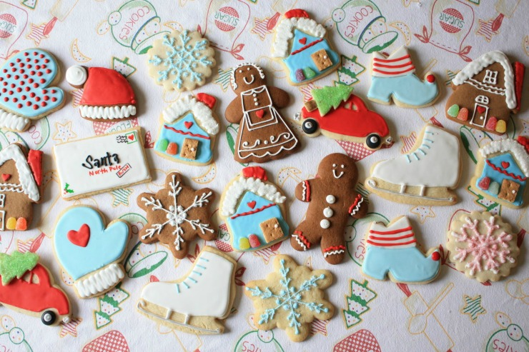 Christmas Sugar Cookies by Munchkins Munchies