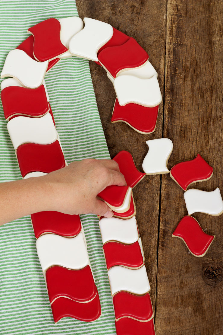 How to Make Candy Cane Cookies People Will Love with www.thebearfootbaker.com