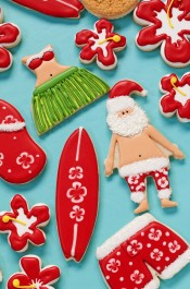 How to Make Festive Mele Kalikimaka Cookies thebearfootbaker.com