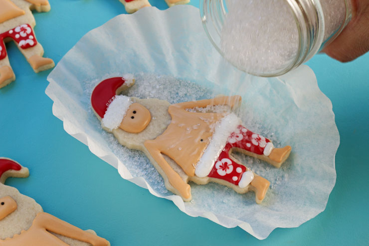 How to Make Fun Mele Kalikimaka Cookies with thebearfootbaker.com