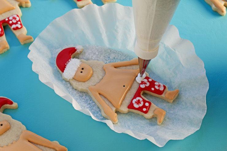 How to Make Simple Mele Kalikimaka Cookies www.thebearfootbaker.com