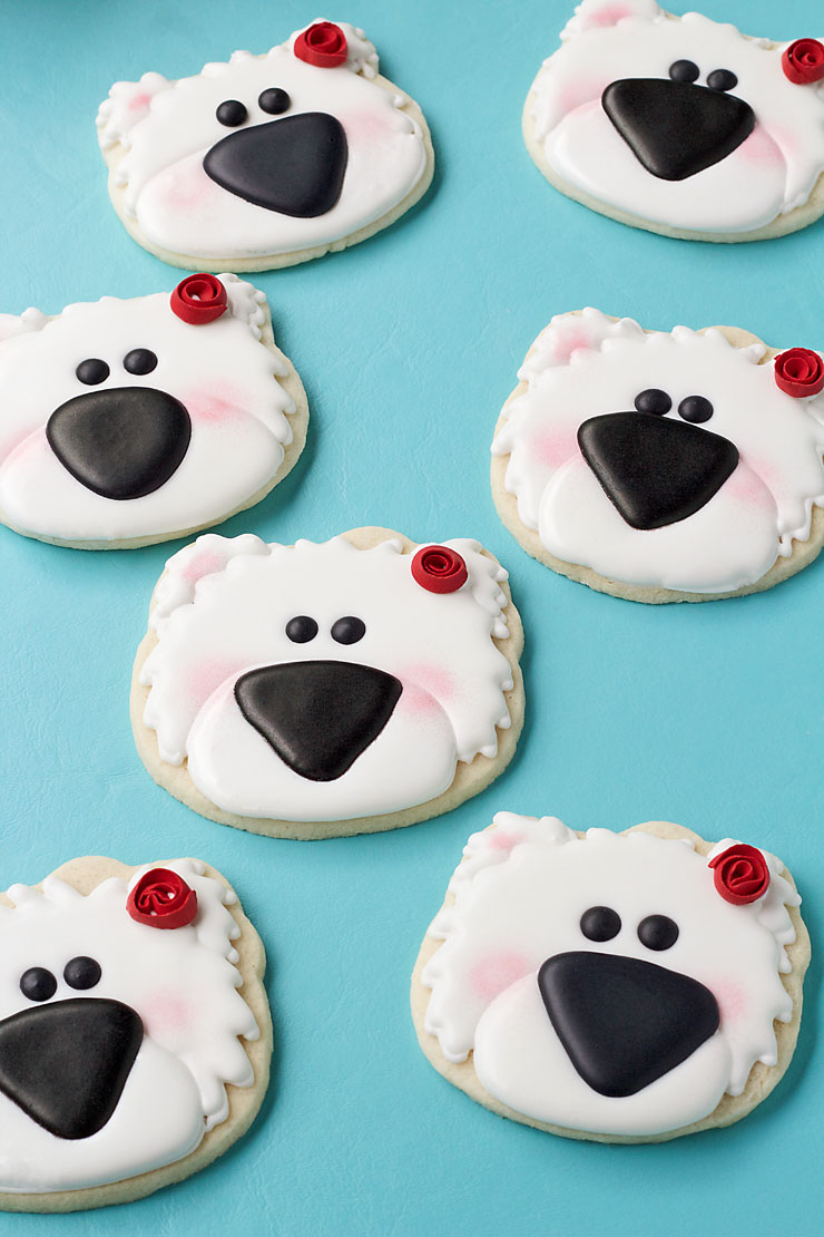 How to Make These Simple Polar Bear Cookies with Video www.thebearfootbaker.com
