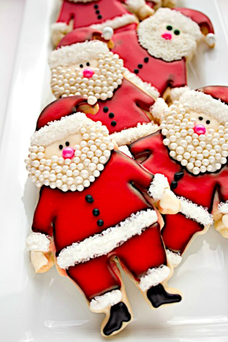 The Santa Cookie that Started it All via www.thebearfootbaker.com