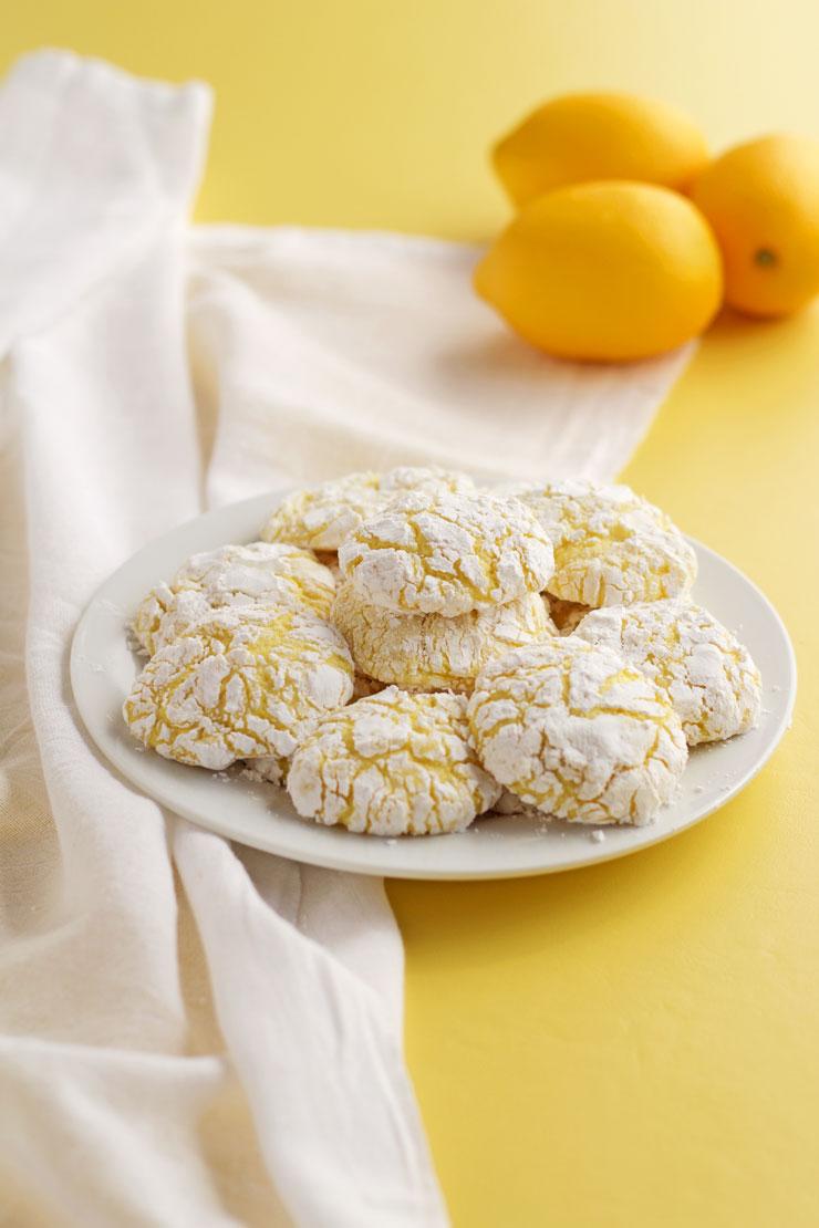 Easy Lemon Crinkle Cookies   The Bearfoot Baker