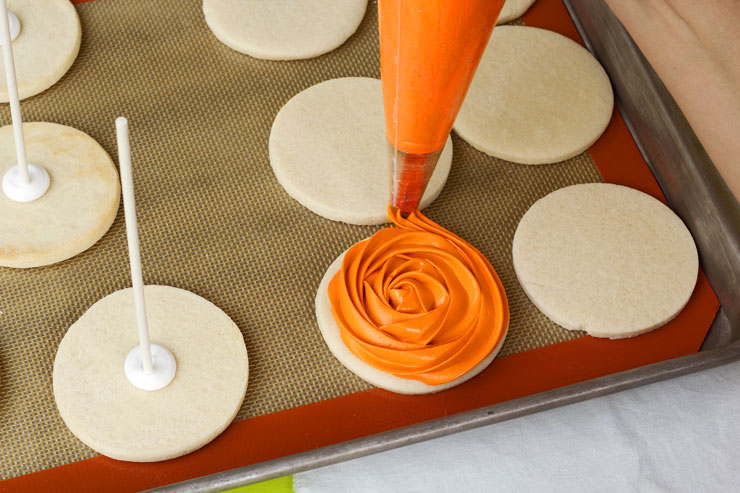 Easy Spooky Rose Cookies with Creepy Fondant Spiders | The Bearfoot Baker