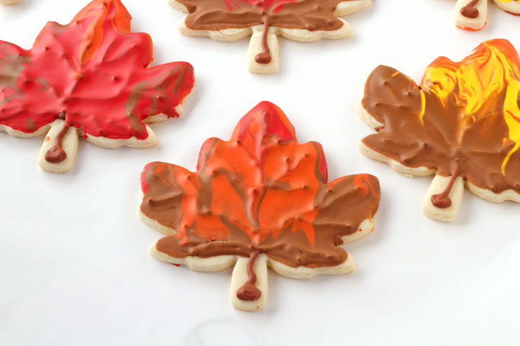 Fun Leaf Cookies | The Bearfoot Baker