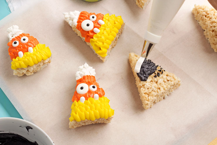 Halloween Rice Krispie Treats to Make with the Kiddos | The Bearfoot Baker