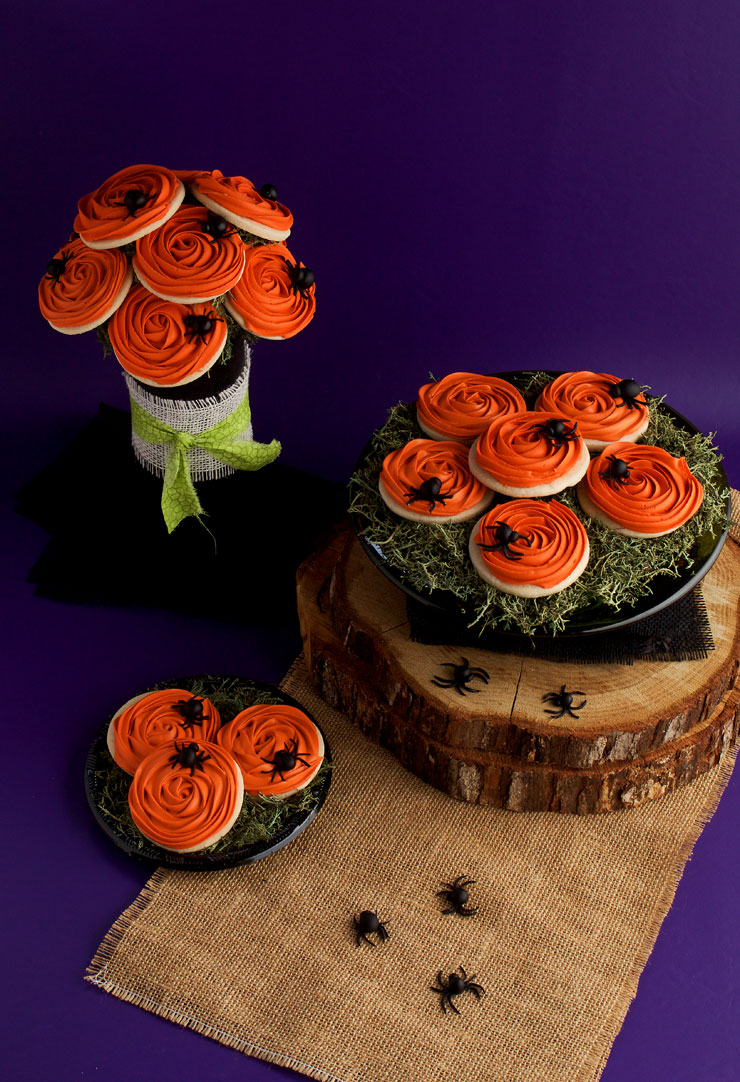 Simple Spooky Rose Cookies with Creepy Fondant Spiders with Video | The Bearfoot Baker